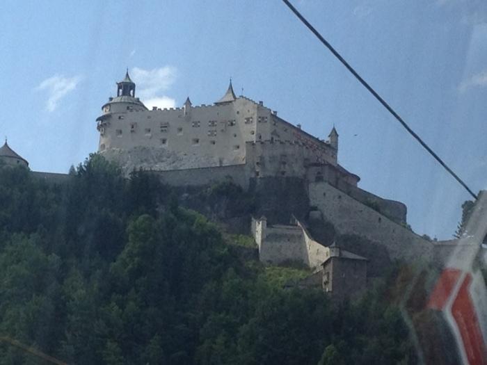 山の上にあった城