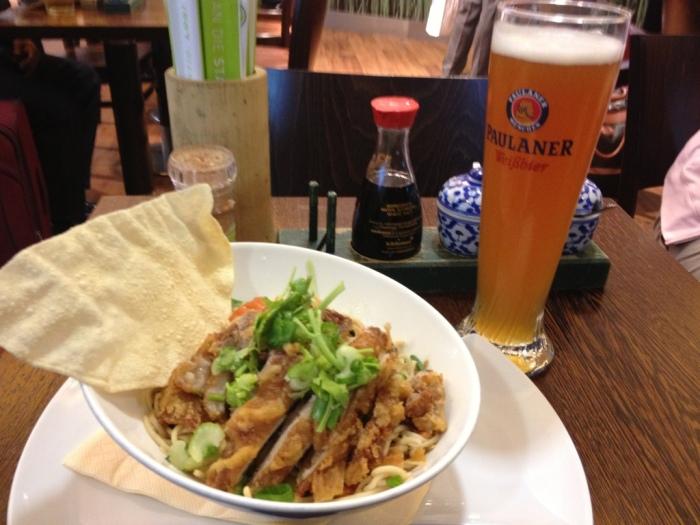 最後はベトナム料理