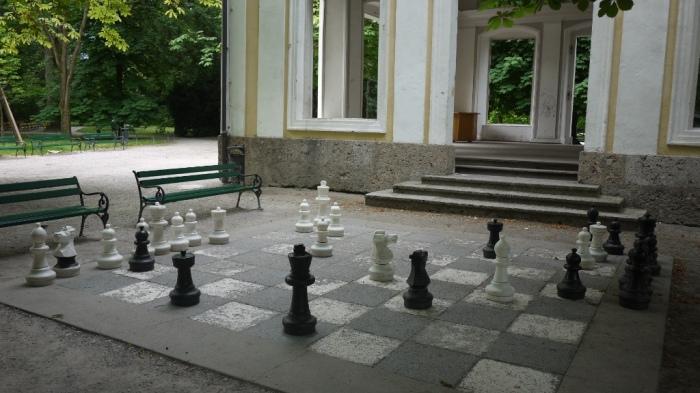 6畳くらいあるチェス盤