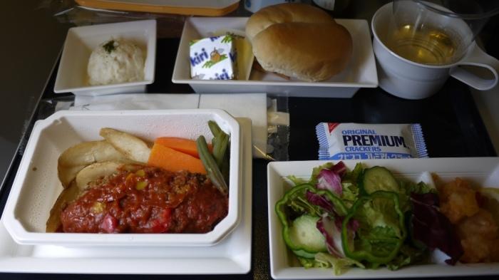機内食一食目