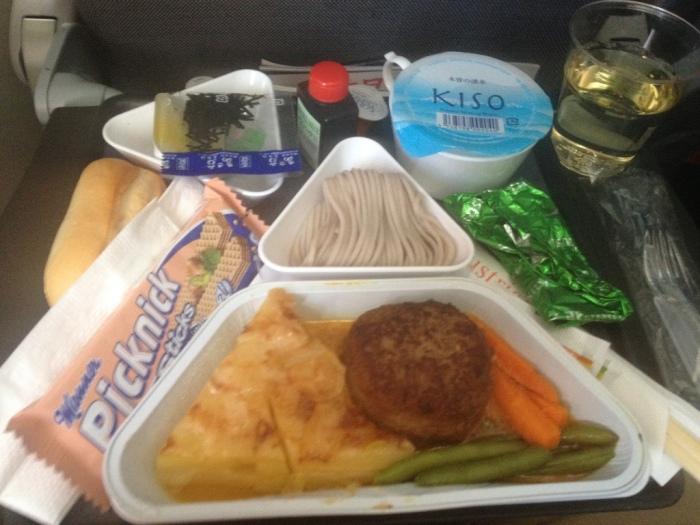 機内食1食目