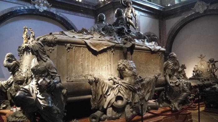 マリアテレジアの棺